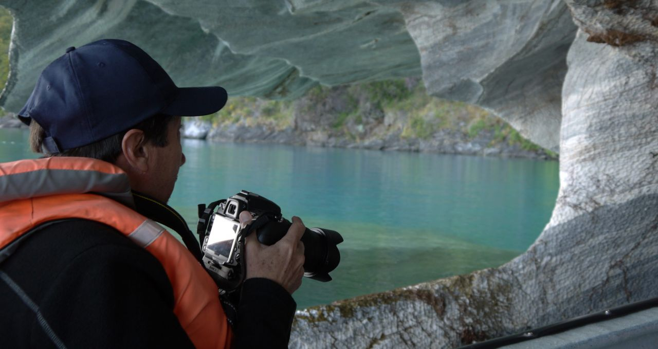 photographing-marble-caves-chile