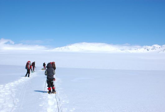 moreno-range-in-the-clouds-southern-ice-field-argentina-patagonia